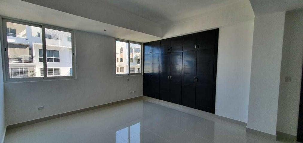 Apartamento Santo Domingo>Distrito Nacional>Mirador Norte - Venta:220.000 Dolares - codigo: 21-1811