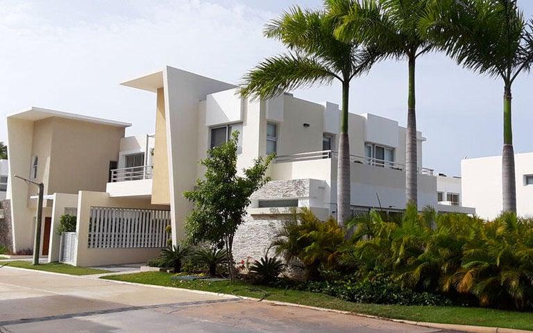 Casa La Altagracia>Punta Cana>Bavaro - Alquiler:1.600 Dolares - codigo: 21-1886