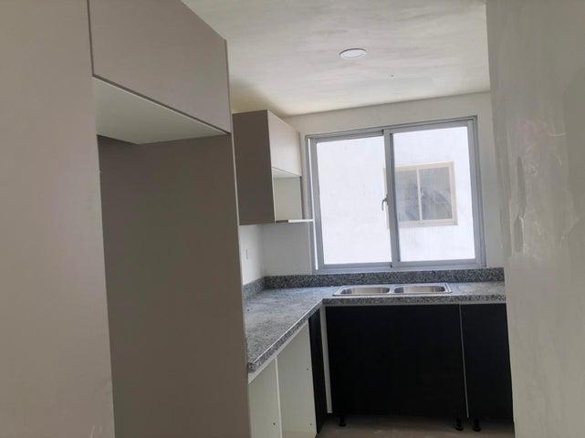 Apartamento Santo Domingo>Distrito Nacional>Piantini - Venta:195.000 Dolares - codigo: 21-1973