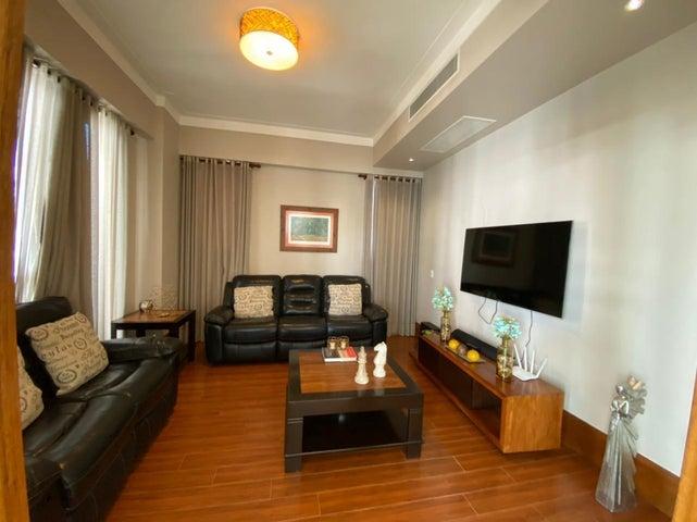 Apartamento Santo Domingo>Distrito Nacional>Serralles - Venta:320.000 Pesos - codigo: 21-2080