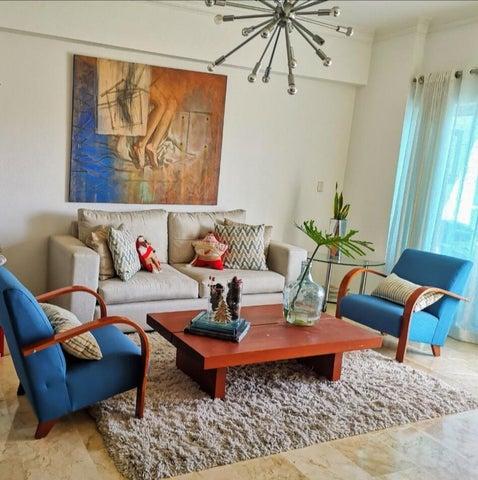 Apartamento Santo Domingo>Distrito Nacional>Evaristo Morales - Venta:220.000 Dolares - codigo: 21-2157