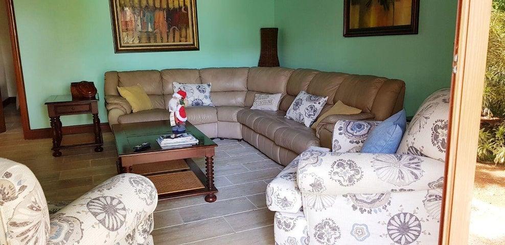 Casa La Romana>La Romana>Casa de Campo - Venta:1.000.000 Dolares - codigo: 21-2364