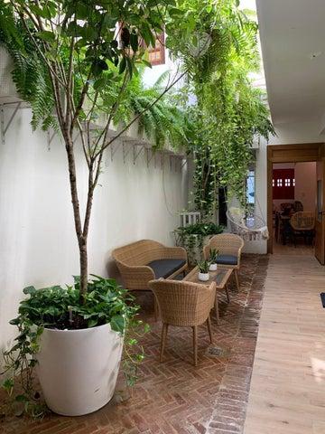 Casa Santo Domingo>Distrito Nacional>Zona Colonial - Venta:465.000 Dolares - codigo: 21-2451
