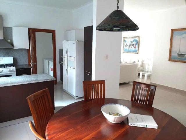 Apartamento Santo Domingo>Distrito Nacional>Bella Vista - Alquiler:1.500 Dolares - codigo: 21-2558