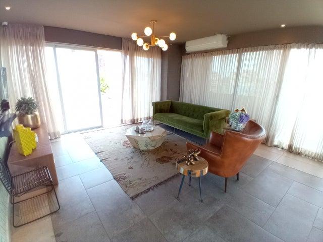 Apartamento Santo Domingo>Distrito Nacional>Serralles - Alquiler:1.900 Dolares - codigo: 21-2590