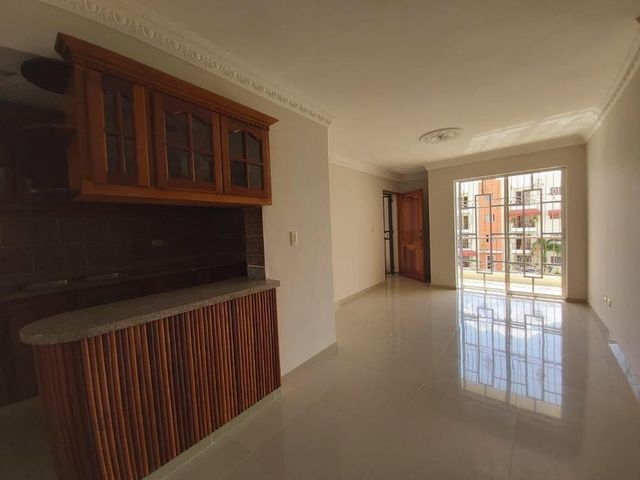 Apartamento Santo Domingo>Santo domingo Este>San Isidro - Venta:3.750.000 Pesos - codigo: 21-2743