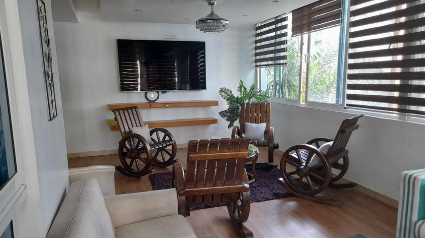 Apartamento Santo Domingo>Distrito Nacional>Naco - Alquiler:3.000 Dolares - codigo: 21-2713