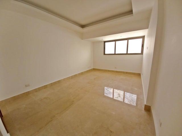 Apartamento Santo Domingo>Distrito Nacional>Piantini - Venta:618.000 Dolares - codigo: 21-2770