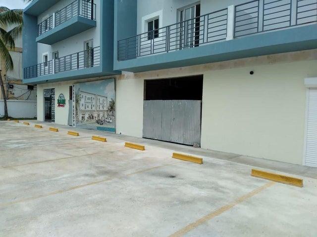 Local Comercial La Altagracia>Punta Cana>Bavaro - Alquiler:1.000 Dolares - codigo: 21-2773