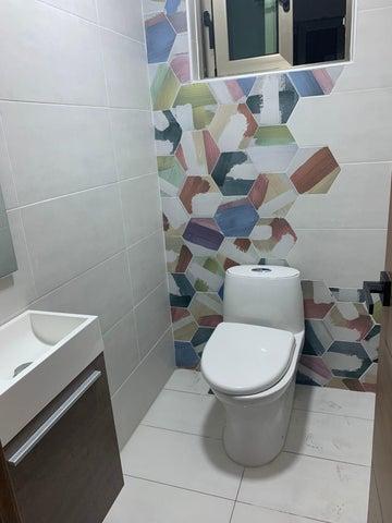 Apartamento Santo Domingo>Distrito Nacional>Bella Vista - Venta:350.000 Dolares - codigo: 21-3113