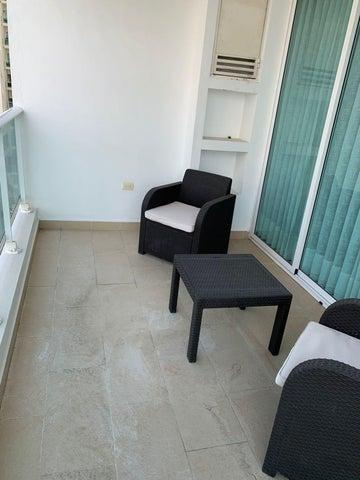 Apartamento Santo Domingo>Distrito Nacional>Naco - Alquiler:1.600 Dolares - codigo: 21-3125