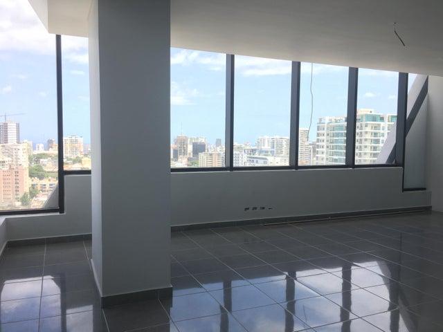 Oficina Santo Domingo>Distrito Nacional>Piantini - Alquiler:3.720 Dolares - codigo: 21-3158