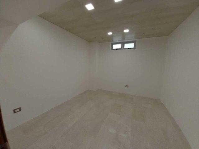 Apartamento Santo Domingo>Distrito Nacional>Naco - Venta:480.000 Dolares - codigo: 21-3165