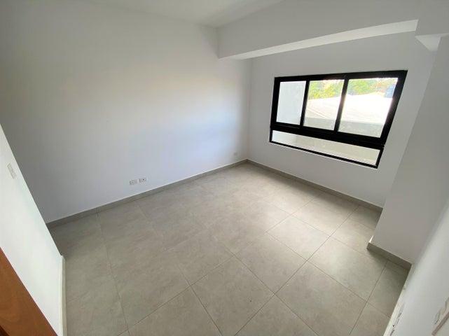 Apartamento Santo Domingo>Distrito Nacional>La Esperilla - Venta:135.000 Dolares - codigo: 21-3178