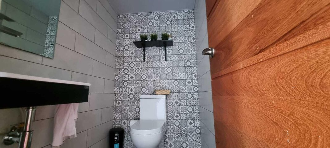 Apartamento Santo Domingo>Distrito Nacional>Renacimiento - Venta:400.000 Dolares - codigo: 21-3183