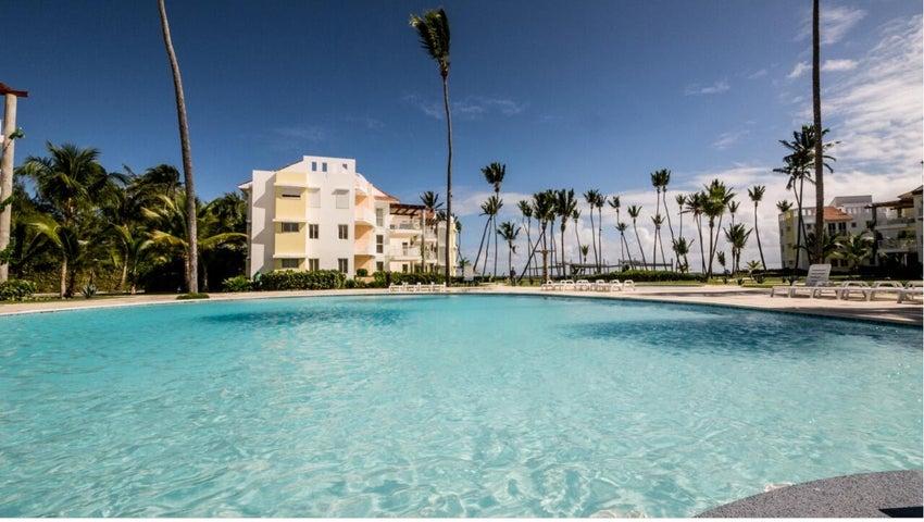 Apartamento La Altagracia>Punta Cana>Bavaro - Venta:189.000 Dolares - codigo: 21-3186