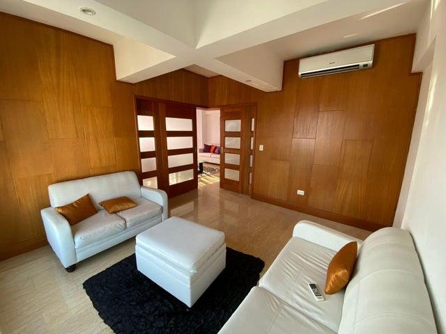 Apartamento Santo Domingo>Distrito Nacional>Bella Vista - Alquiler:3.000 Dolares - codigo: 21-3196