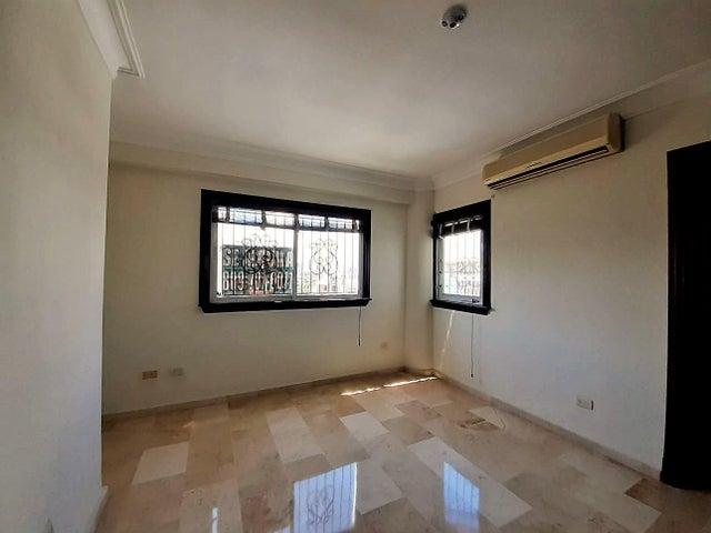 Apartamento Santo Domingo>Distrito Nacional>Piantini - Venta:275.000 Dolares - codigo: 21-3205