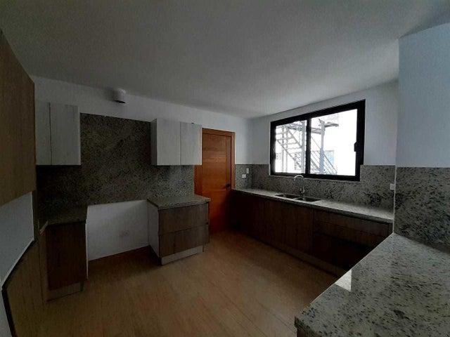 Apartamento Santo Domingo>Distrito Nacional>Piantini - Venta:555.000 Dolares - codigo: 21-3213
