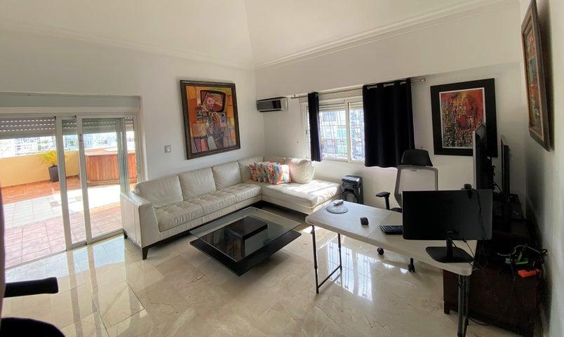Apartamento Santo Domingo>Distrito Nacional>Evaristo Morales - Venta:310.000 Dolares - codigo: 21-3221