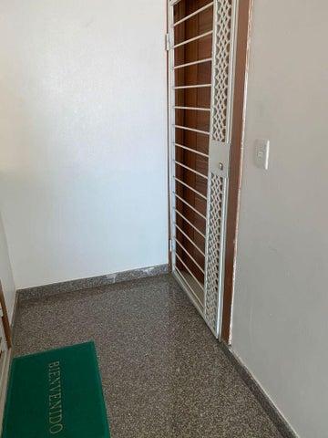 Apartamento Santo Domingo>Santo Domingo Oeste>Mirador Oeste - Venta:155.000 Pesos - codigo: 21-3343