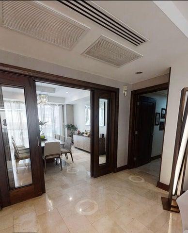 Apartamento Santo Domingo>Distrito Nacional>Piantini - Alquiler:2.800 Dolares - codigo: 22-76