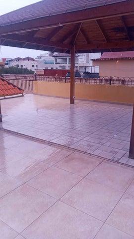 Apartamento Santo Domingo>Distrito Nacional>Mirador Sur - Alquiler:880 Dolares - codigo: 22-96