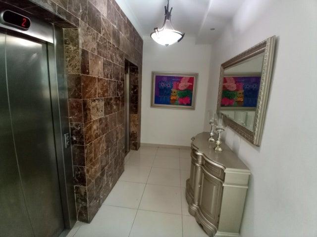 Apartamento Santo Domingo>Distrito Nacional>Los Cacicazgos - Venta:155.000 Dolares - codigo: 22-97