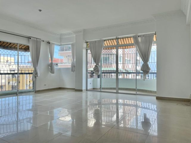 Apartamento Santo Domingo>Distrito Nacional>Bella Vista - Venta:220.000 Dolares - codigo: 22-210