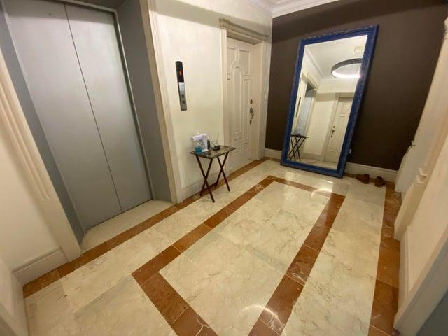 Apartamento Santo Domingo>Distrito Nacional>Los Cacicazgos - Venta:360.000 Dolares - codigo: 22-254