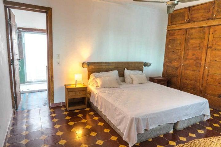 Apartamento Santo Domingo>Distrito Nacional>Gazcue - Alquiler:1.400 Dolares - codigo: 21-2607