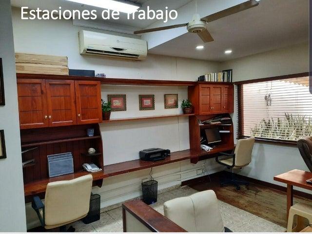 Casa Santo Domingo>Distrito Nacional>La Julia - Venta:1.150.000 Dolares - codigo: 22-354