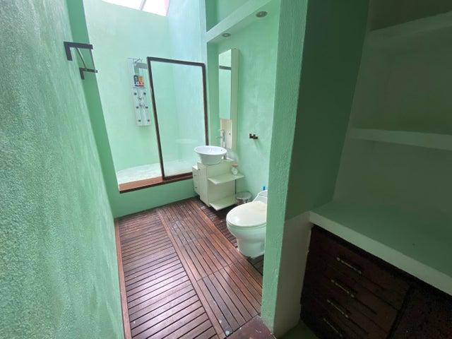 Casa Santo Domingo>Distrito Nacional>Los Cacicazgos - Venta:730.000 Dolares - codigo: 22-370