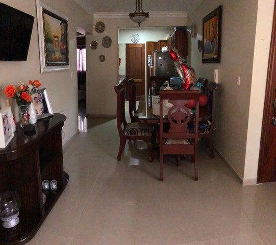Apartamento Santo Domingo>Santo domingo Este>Lucerna - Venta:3.150.000 Pesos - codigo: 22-385