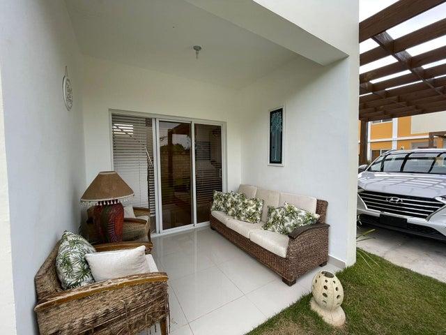 Casa La Altagracia>Punta Cana>Veron-Punta Cana - Venta:170.000 Dolares - codigo: 22-500