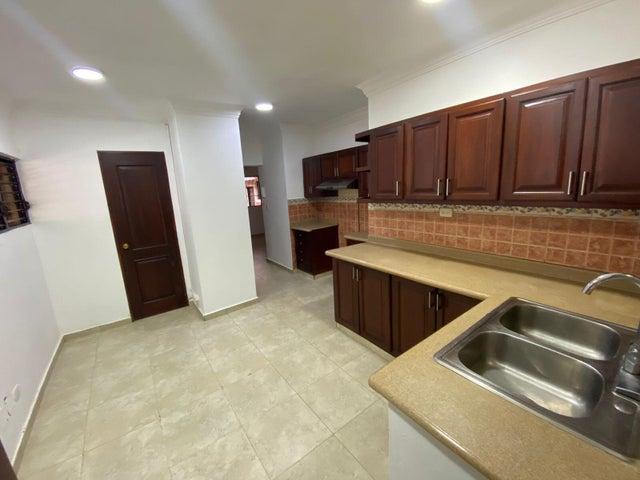 Apartamento Santo Domingo>Distrito Nacional>Evaristo Morales - Venta:6.500.000 Pesos - codigo: 22-505
