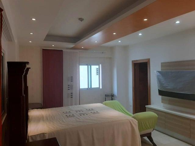 Apartamento Santo Domingo>Distrito Nacional>Evaristo Morales - Venta:386.000 Dolares - codigo: 22-520