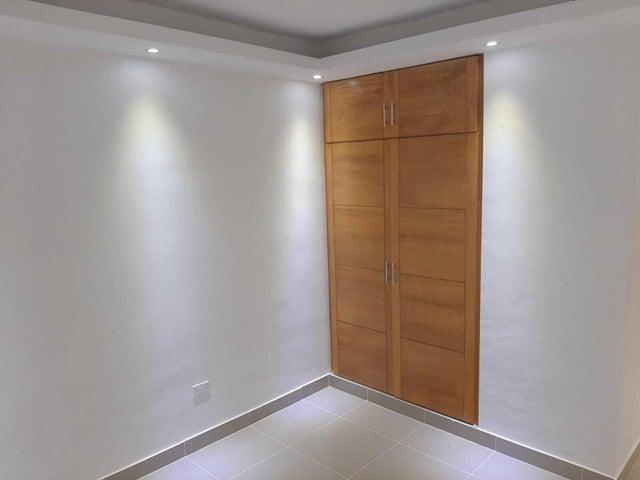Apartamento Santo Domingo>Santo domingo Este>San Isidro - Venta:115.000 Dolares - codigo: 22-526