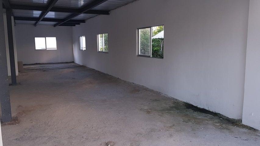 Local Comercial Santo Domingo>Distrito Nacional>Bella Vista - Alquiler:52.500 Pesos - codigo: 22-542