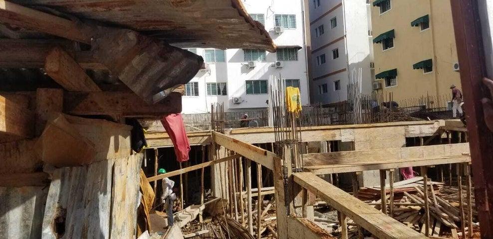 Apartamento Santo Domingo>Distrito Nacional>Renacimiento - Venta:197.350 Dolares - codigo: 21-1006