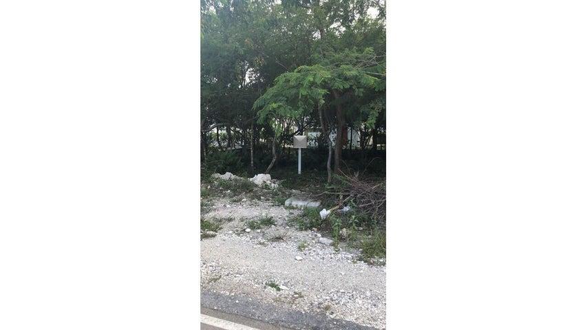 Terreno La Altagracia>Punta Cana>Punta Cana - Venta:150.935 Dolares - codigo: 22-588