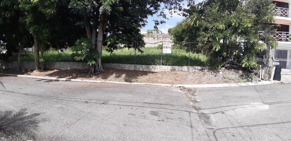 Terreno Santiago de los Caballeros>Santiago>Santiago de los Caballeros - Venta:30.416.000 Pesos - codigo: 22-587