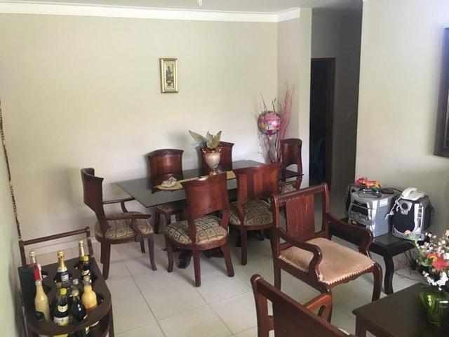 Apartamento Santo Domingo>Santo domingo Este>Vista Hermosa - Venta:3.300.000 Pesos - codigo: 22-591