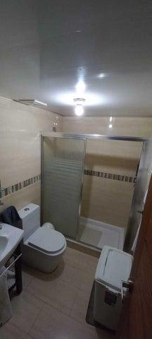 Apartamento Santo Domingo>Distrito Nacional>Piantini - Alquiler:1.400 Dolares - codigo: 22-650