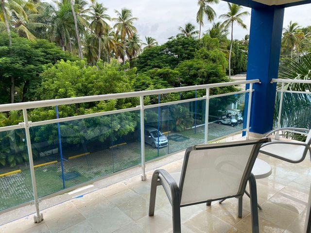 Apartamento La Altagracia>Punta Cana>Bavaro - Venta:234.432 Dolares - codigo: 22-658