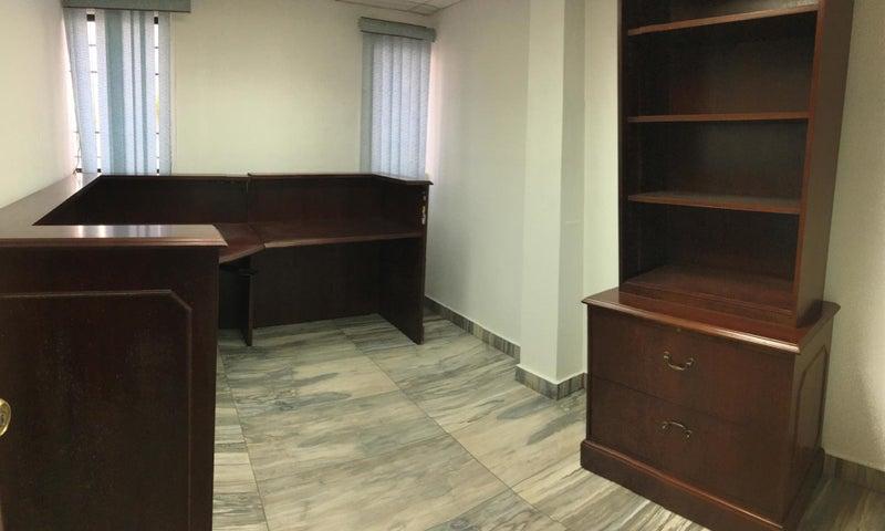 Oficina Santo Domingo>Distrito Nacional>La Esperilla - Alquiler:5.440 Dolares - codigo: 22-662