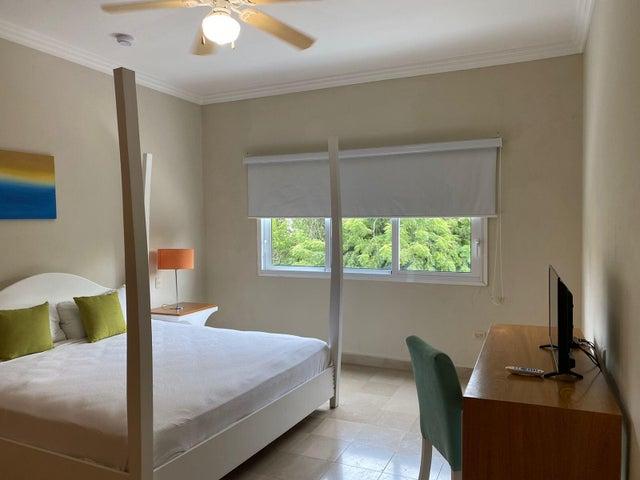 Apartamento La Altagracia>Punta Cana>Bavaro - Venta:239.756 Dolares - codigo: 22-665