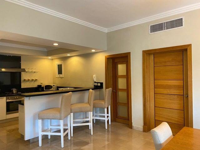 Apartamento La Altagracia>Punta Cana>Bavaro - Venta:292.182 Dolares - codigo: 22-671