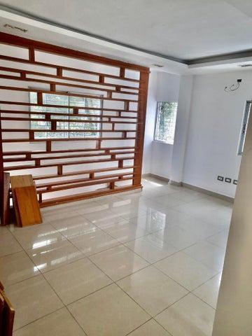 Local Comercial Santo Domingo>Distrito Nacional>Serralles - Alquiler:2.000 Dolares - codigo: 22-677