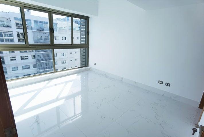 Apartamento Santo Domingo>Distrito Nacional>Piantini - Venta:235.000 Dolares - codigo: 22-681